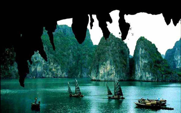 thuê xe du lịch hạ long giá rẻ tại Hà Nội