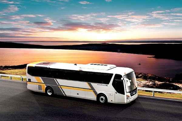cho thuê xe đón tiễn sân bay Huyndai Hi-Lass